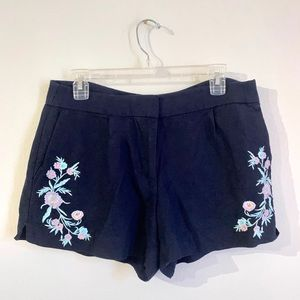 💕Embroidered Floral Loft Shorts